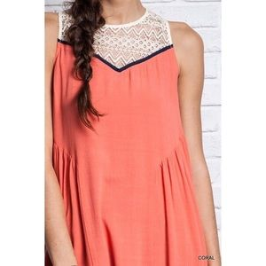 NWT☀️Coral Sleeveless Dress with Lace Trim